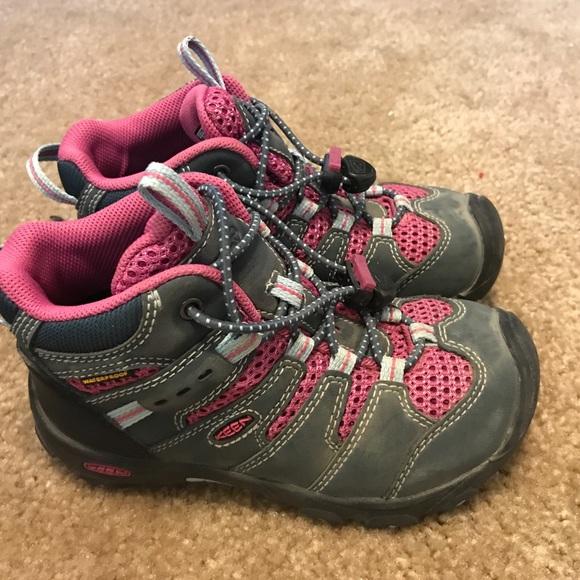 e057db1e034 Kids Keen hiking boots